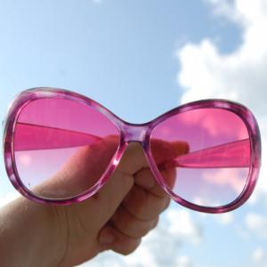 розовые очки идеализация партнера