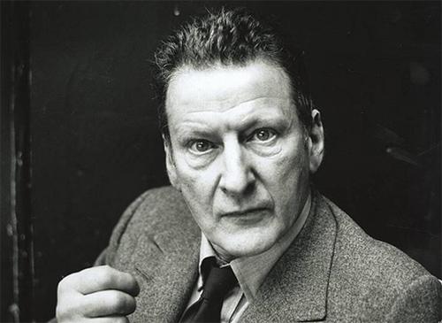 умер Люсьен Фрейд