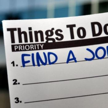 что мешает найти хорошую работу