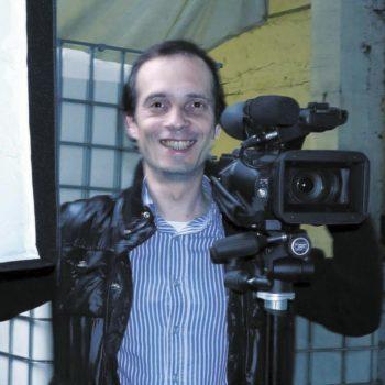 Ведущий видео-тренинга Евгений Власов