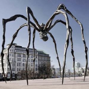 скульптура паука maman
